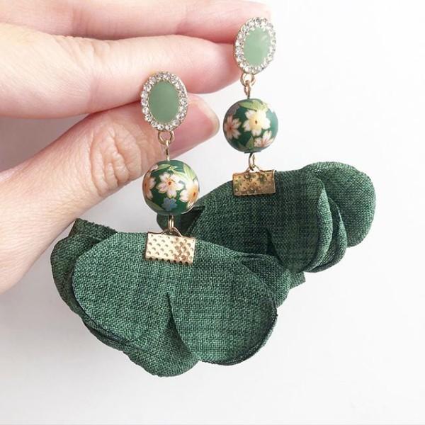 Emerald Green Sakura Flare Earrings - Diary of a Miniature Enthusiast