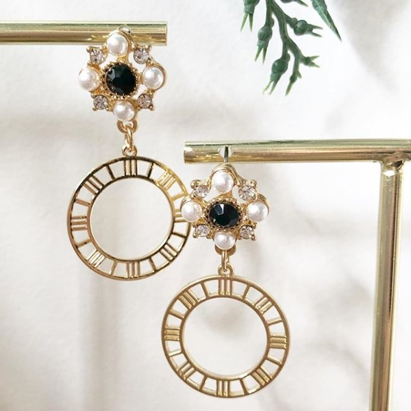 Gold and Black with Pearls Earrings - Diary of a Miniature Enthusiast