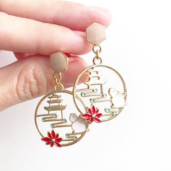 The Journey Earrings - Diary of a Miniature Enthusiast