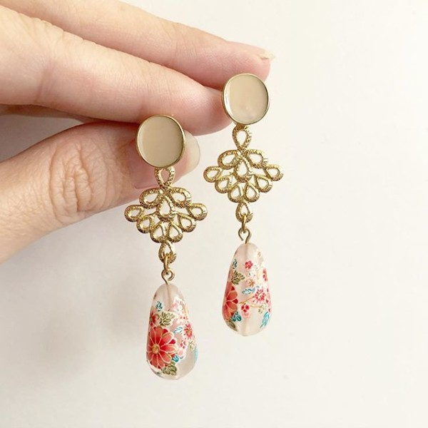 Frosted Sakura Blossoms Teardrop Link Earrings - Diary of a Miniature Enthusiast