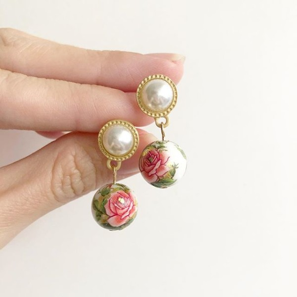 Classic Rose in White Pearl Earrings - Diary of a Miniature Enthusiast
