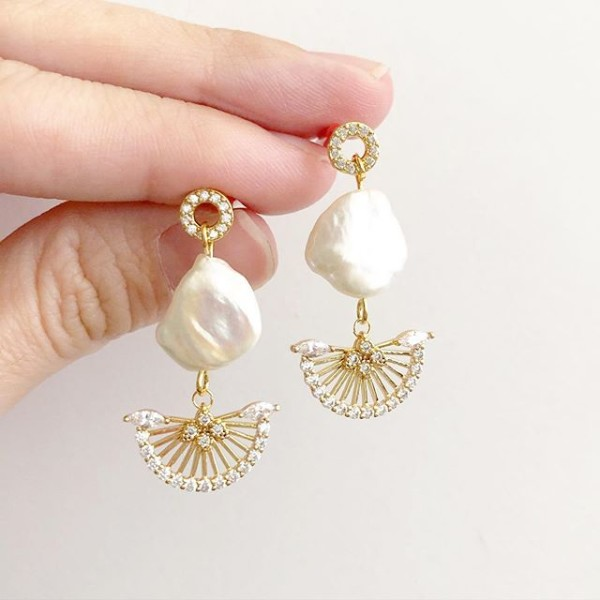 Purity Cleopatra Earrings - Diary of a Miniature Enthusiast