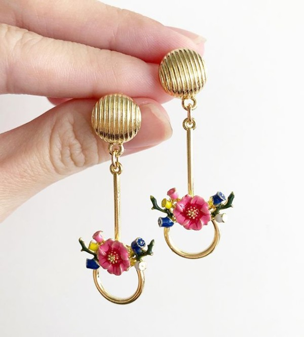 Gold and Red Floral Earrings - Diary of a Miniature Enthusiast