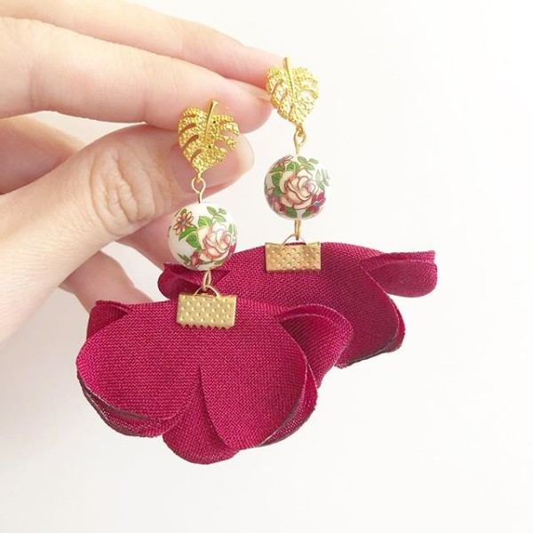 Vintage Rose Wine Red Flare Earrings - Diary of a Miniature Enthusiast