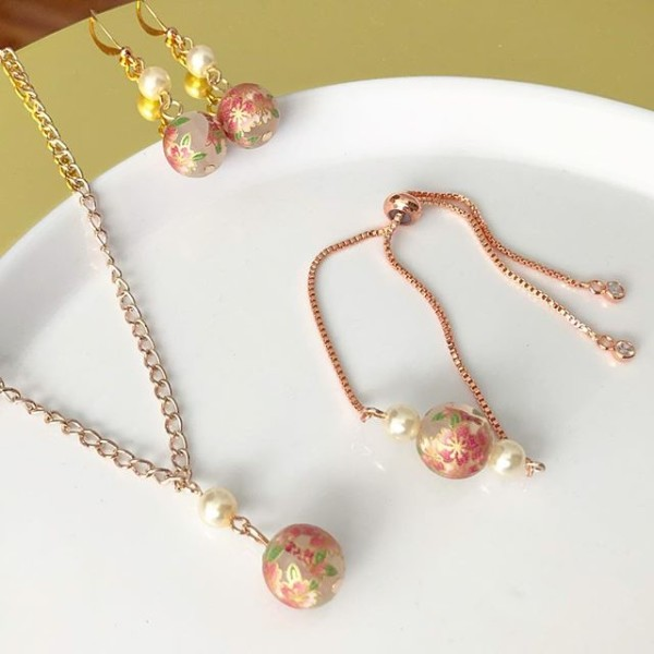 Pink Sakura Earrings, Bracelet and Necklace - Diary of a Miniature Enthusiast