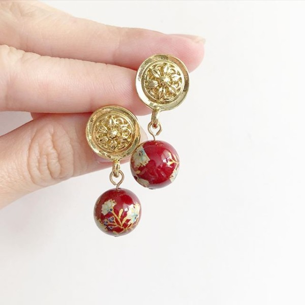 Vintage Maroon Daffodils Earrings - Diary of a Miniature Enthusiast