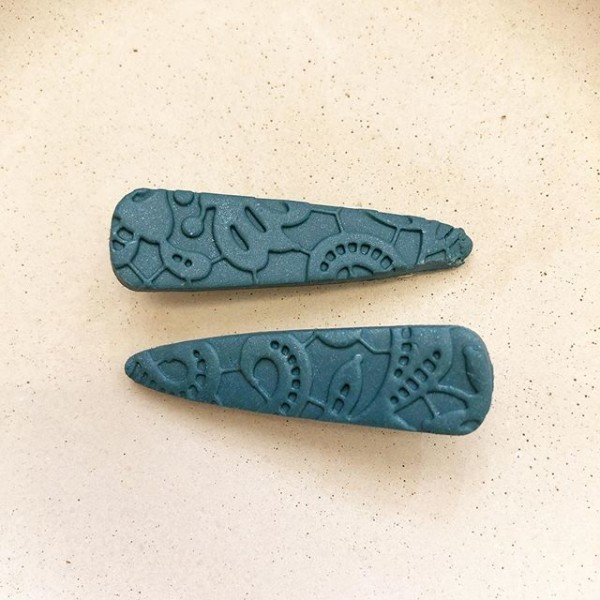 Christmas Vintage Lace Short Tapered Hair Clips - Diary of a Miniature Enthusiast