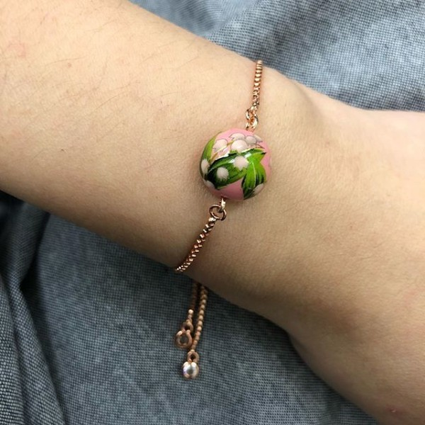 Sweet Pink Floral Bracelet - Diary of a Miniature Enthusiast