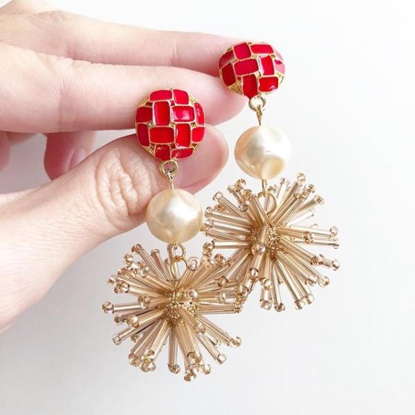 The Celebration Earrings - Diary of a Miniature Enthusiast