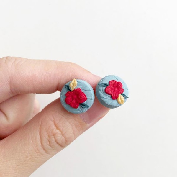 hristmas Cheer Floral Studs - Diary of a Miniature Enthusiast
