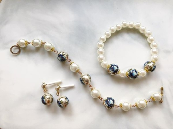Pearls and Blue Floral Bracelets and Earring - Diary of a Miniature Enthusiast