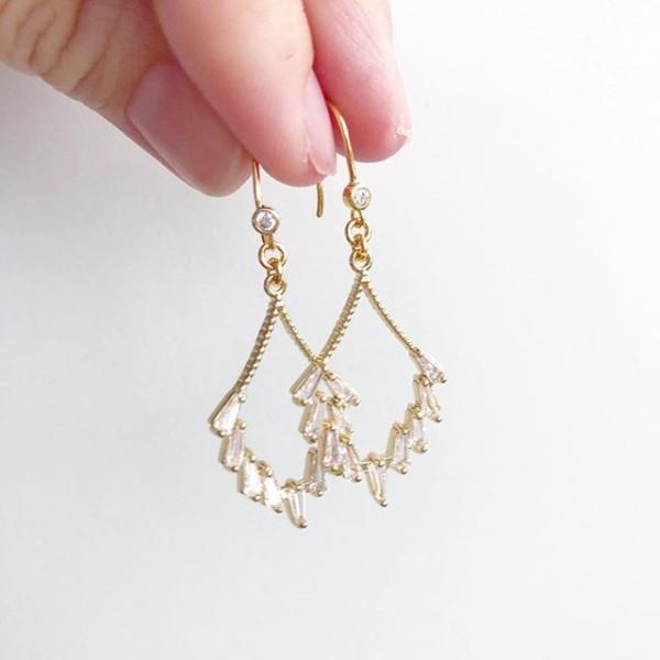 Glitter Elegance Earrings No.4 - Diary of a Miniature Enthusiast
