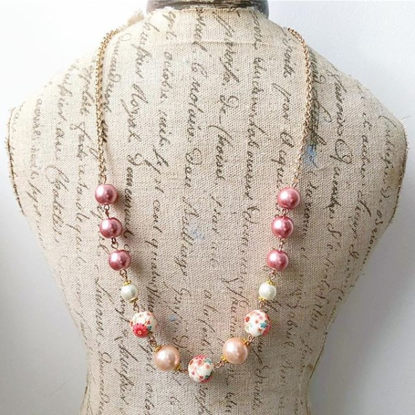 Pink Floral Necklace - Diary of a Miniature Enthusiast