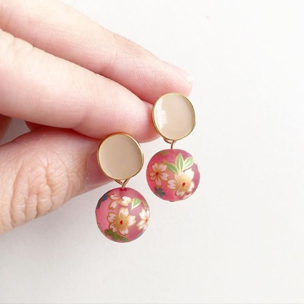 Frosted Pink Sakura Plain Studs - Diary of a Miniature Enthusiast