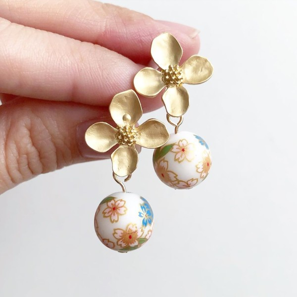 White Daffodils Floral Earrings - Diary of a Miniature Enthusiast