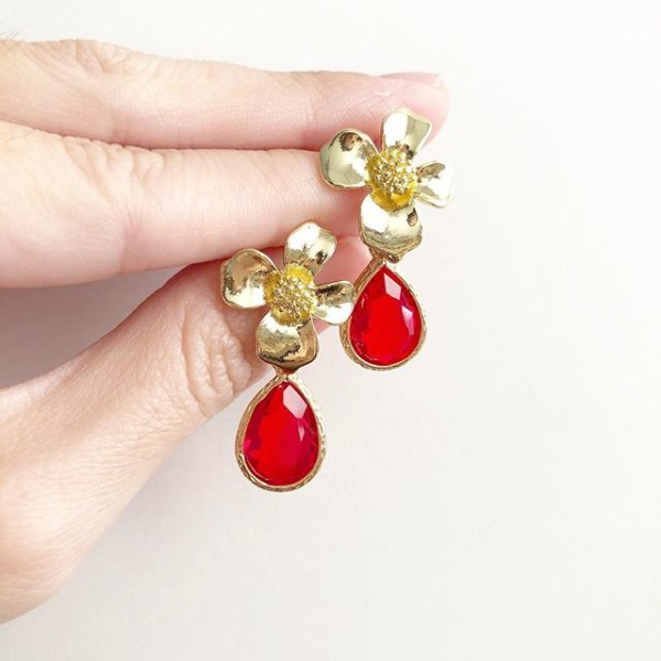 Red Teardrop Floral Earrings - Diary of a Miniature Enthusiast