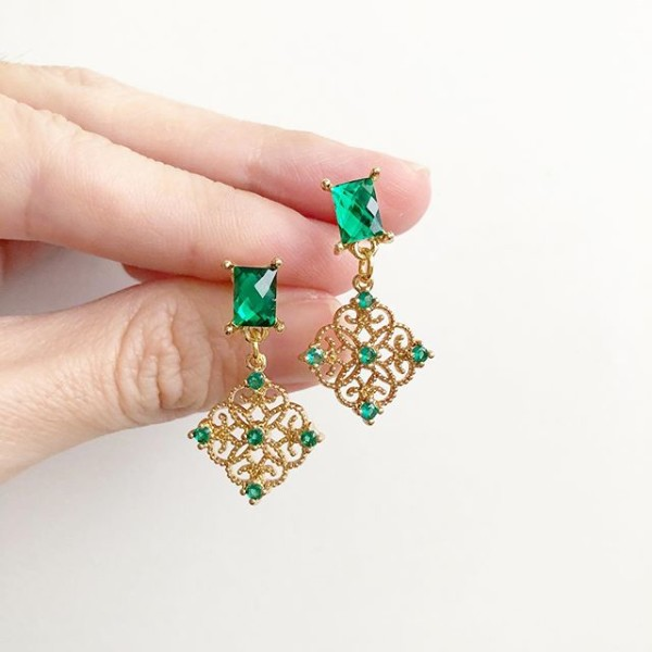 Precious Intricate Emerald Earrings - Diary of a Miniature Enthusiast