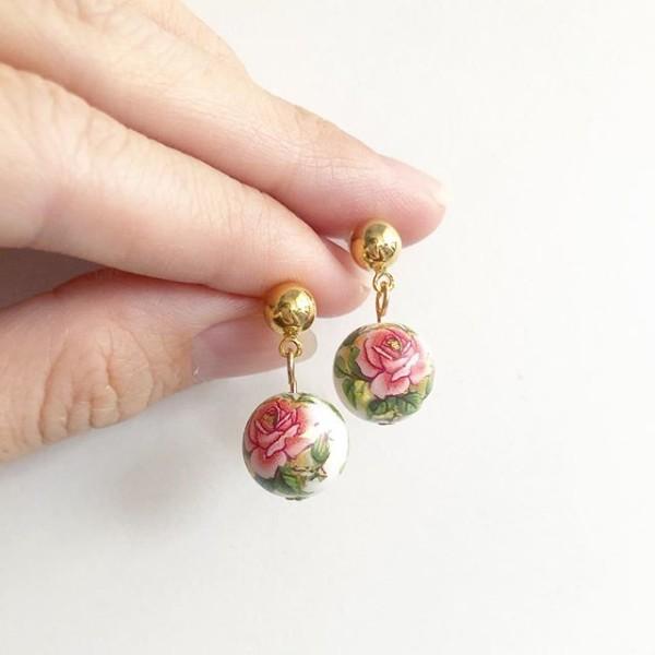 Classic Rose in White Tensha Earrings - Diary of a Miniature Enthusiast