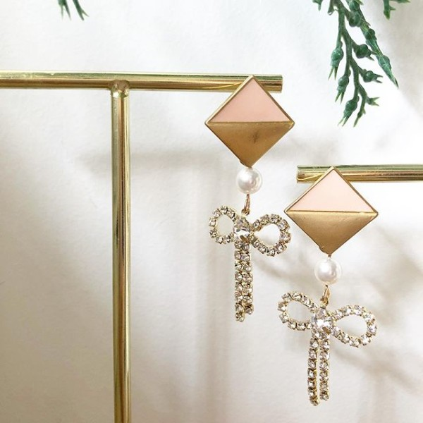 Pink and Brown with Pearls Earrings - Diary of a Miniature Enthusiast