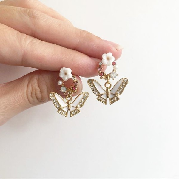 Garden Butterfly White Pink Earrings - Diary of a Miniature Enthusiast