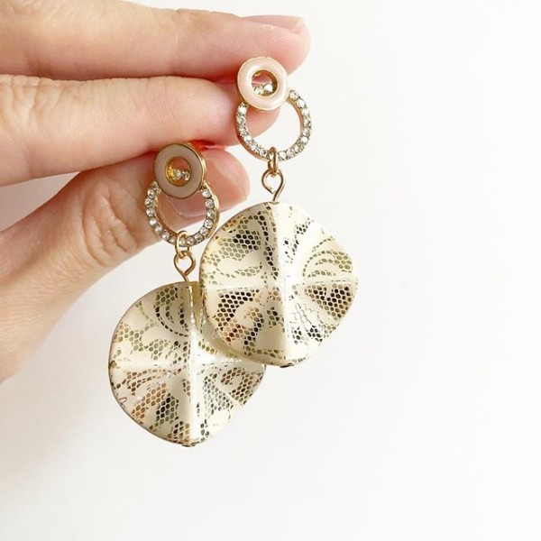 Diamond and Gold Earrings - Diary of a Miniature Enthusiast