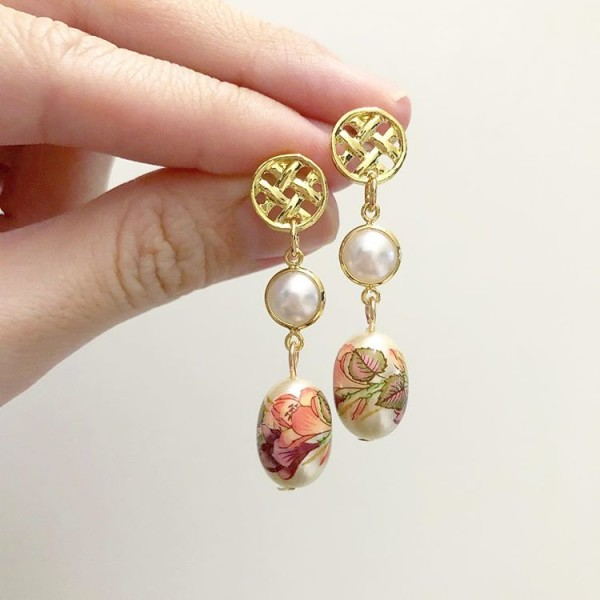 Gold with Pearl Pink Lillies Earrings - Diary of a Miniature Enthusiast