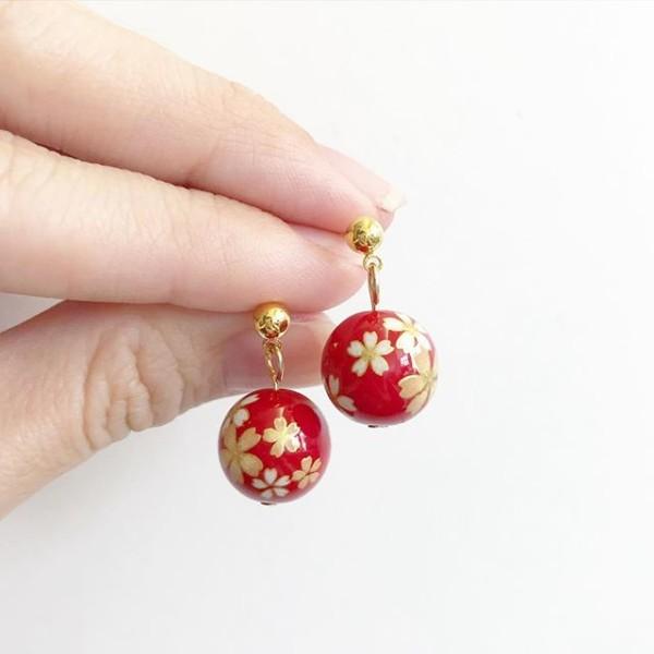 Red Sakura Plain Gold Earrings - Diary of a Miniature Enthusiast