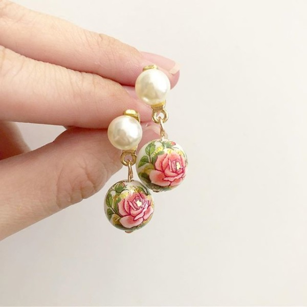 Rose and Pearls Earrings - Diary of a Miniature Enthusiast