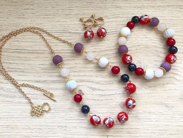 Purple and Green Earrings, Bracelet and Necklace - Diary of a Miniature Enthusiast
