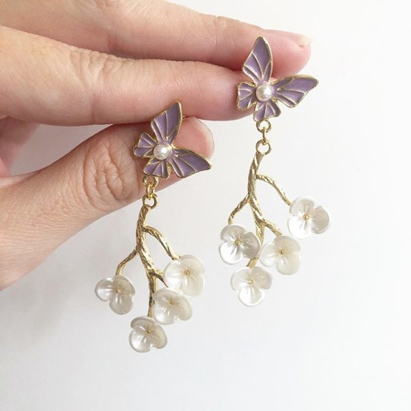 Garden Butterfly Lilac and Pearl Blooms Earrings - Diary of a Miniature Enthusiast