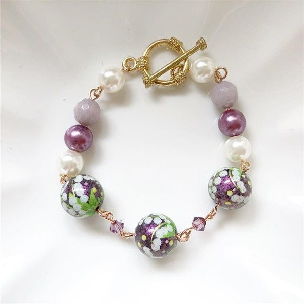 Pearl and Purple Floral Bracelet - Diary of a Miniature Enthusiast