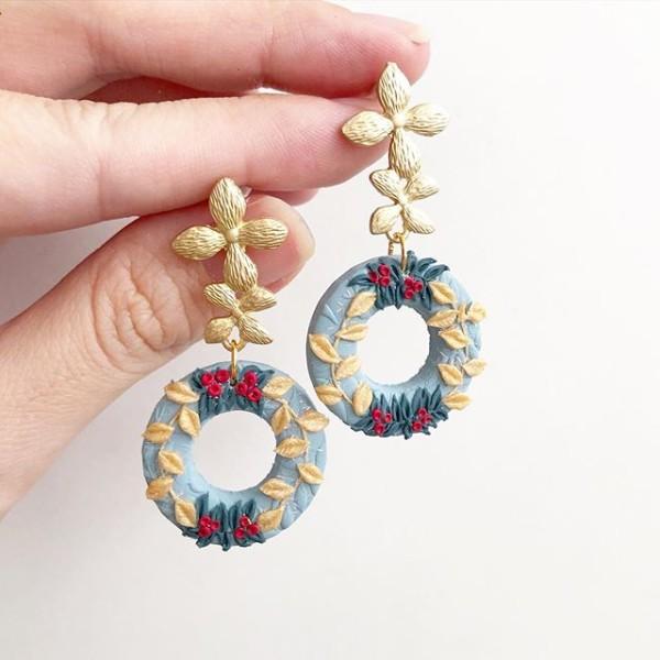 Christmas Cheer Full Wreath Earrings - Diary of a Miniature Enthusiast