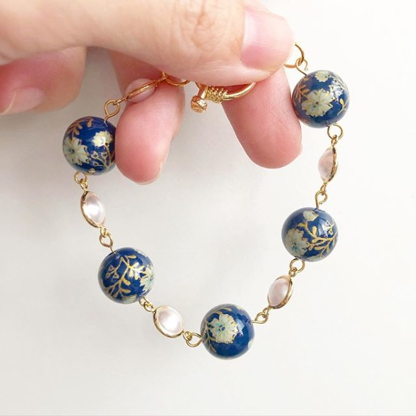 Navy Daffodils Exquisite Bracelet - Diary of a Miniature Enthusiast