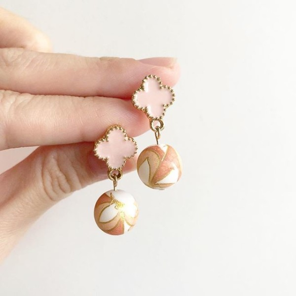 Peach Motif Quatrefoil Earrings - Diary of a Miniature Enthusiast