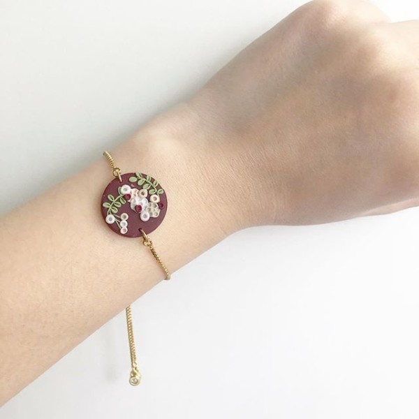 Blooms of Splendour 18mm Round Adjustable Bracelet - Diary of a Miniature Enthusiast