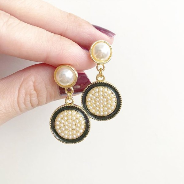 Classic Vintage Pearls Earrings - Diary of a Miniature Enthusiast