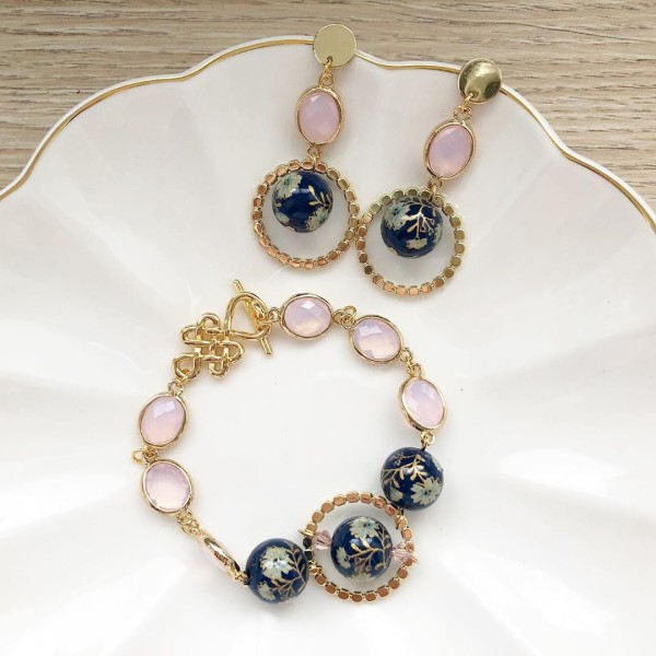 Navy Daffodils Exquisite Blush Bracelet and Earrings set - Diary of a Miniature Enthusiast
