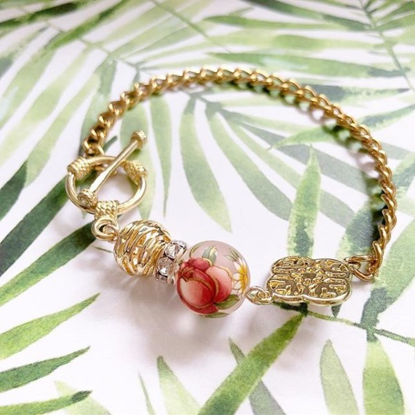 Gold and Red Bracelet - Diary of a Miniature Enthusiast