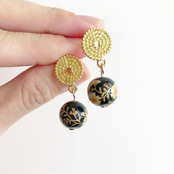 Black and Gold Floral Earrings - Diary of a Miniature Enthusiast