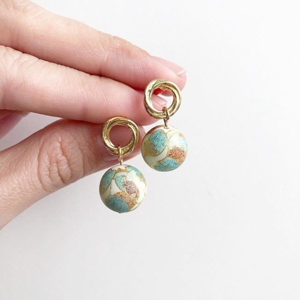 Mint on Gold Ring Stud - Diary of a Miniature Enthusiast