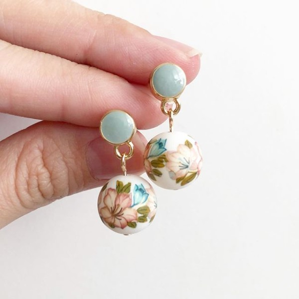 Pastel Lilies Tensha Earrings - Diary of a Miniature Enthusiast