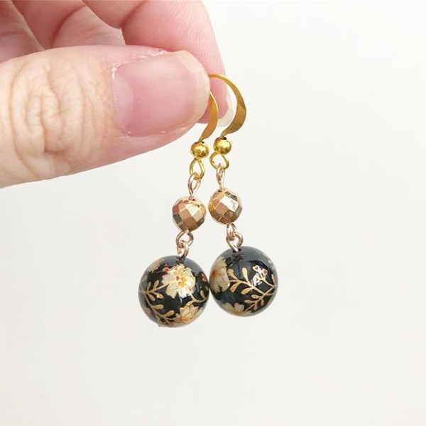 Black and Gold Earrings - Diary of a Miniature Enthusiast