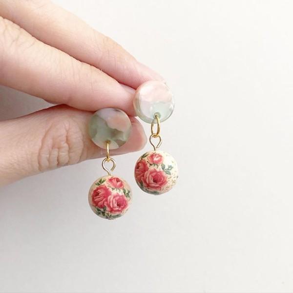 Triple Rose Light Blush Earrings - Diary of a Miniature Enthusiast