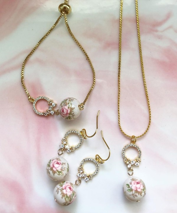 Pastel Pink Rose in Light Blush Cubic Zirconia Set - Diary of a Miniature Enthusiast