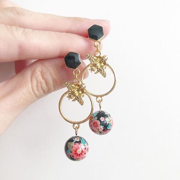 Black Pink Sakura Honeybee Earrings - Diary of a Miniature Enthusiast