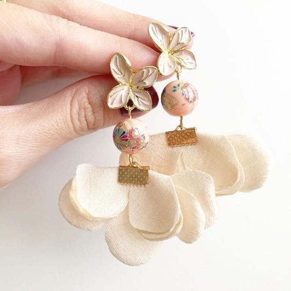 Light Pink Kimono Flare Earrings - Diary of a Miniature Enthusiast