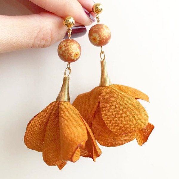 Copper Daffodils Blooms Earrings - Diary of a Miniature Enthusiast