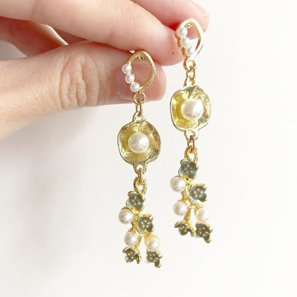 Gold and Pearl Floral Earrings - Diary of a Miniature Enthusiast