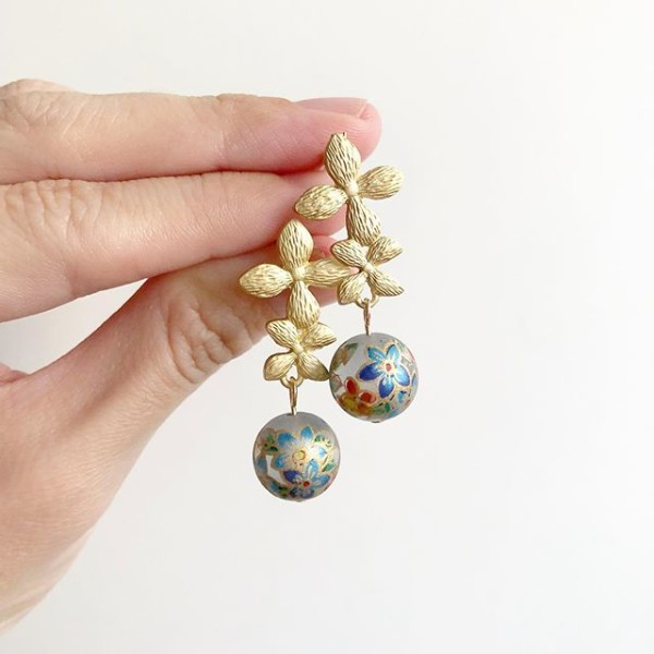 Gold and Silver Earrings - Diary of a Miniature Enthusiast
