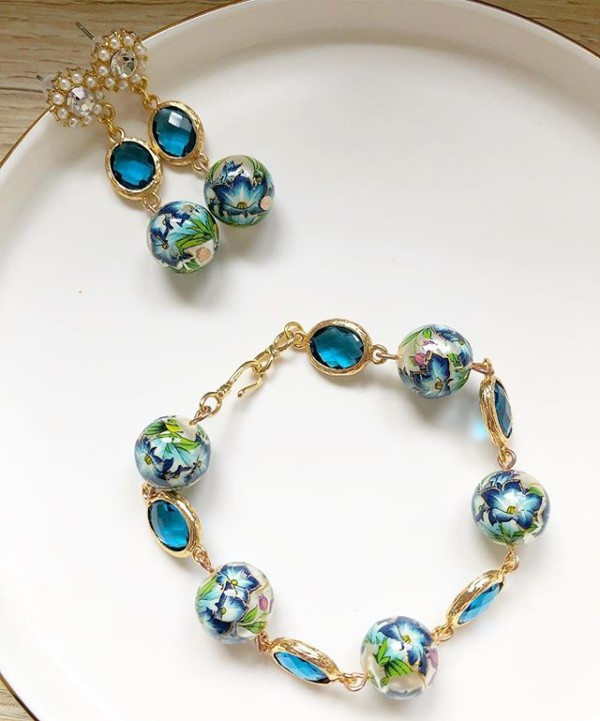 Blue and Pearl Floral Bracelet and Earrings - Diary of a Miniature Enthusiast